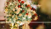 Trang trí tiệc cưới bằng hoa lụa: Tiết kiệm chi phí mà không kém phần sang trọng