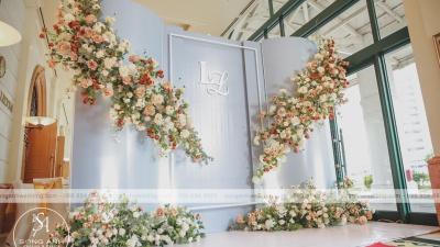 Những vật dụng để tạo nên backdrop trang trí tiệc cưới độc đáo
