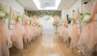 Lưu lại dấu ấn đặc biệt với các cách trang trí bàn tiệc cưới sang trọng