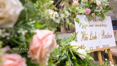 Lựa chọn màu sắc cho bảng tên cưới như thế nào cho phù hợp?