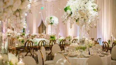 Trang trí đám cưới theo phong cách sang trọng cổ điển hoàng gia Anh