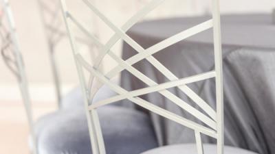 Chọn ghế phù hợp với từng phong cách đám cưới như thế nào?