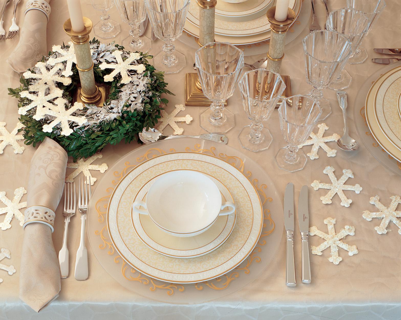 Sử dụng những hình ảnh đặc trưng của mùa đông để trang trí tiệc cưới thêm phần ấn tượng