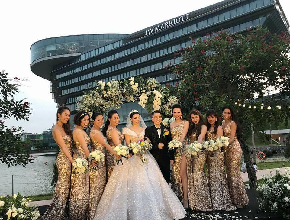 trang trí tiệc cưới ngoài trời tại Hà Nội