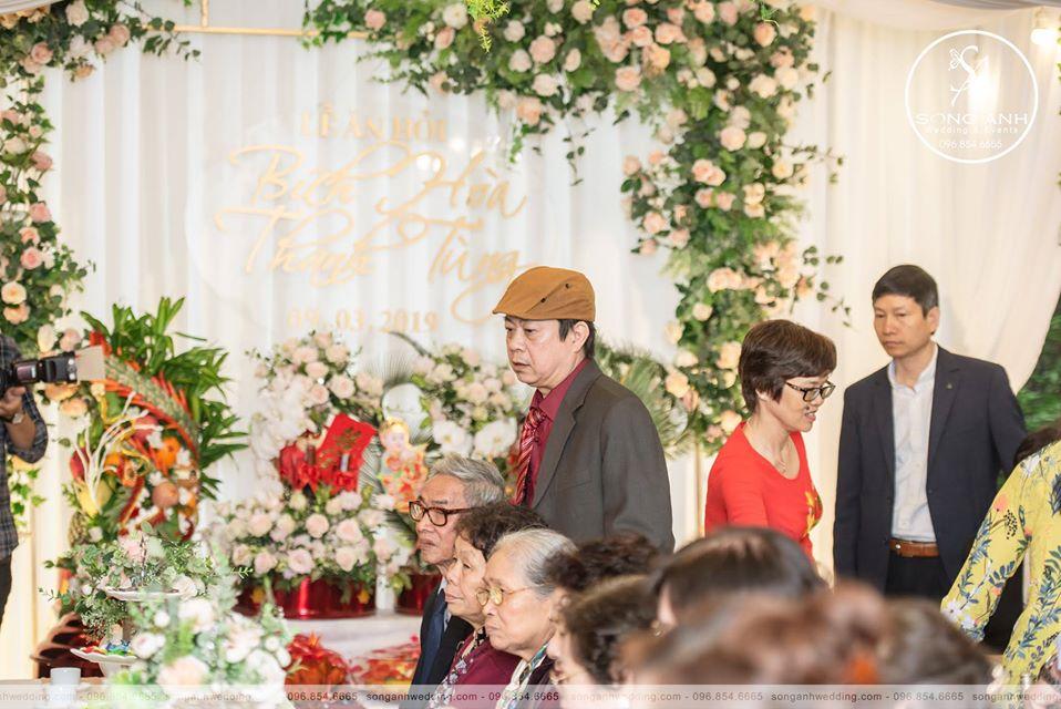 trang trí tiệc cưới tư gia tại Hà Nội