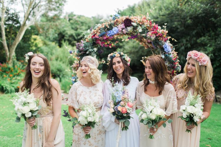 tone màu trang trí tiệc cưới
