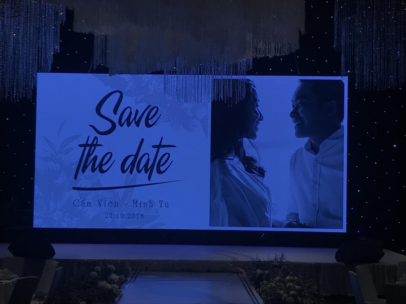backdrop trang trí tiệc cưới