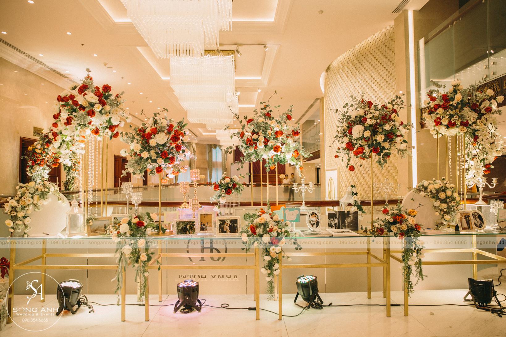 chi phí tổ chức tiệc cưới nhà hàng khách sạn