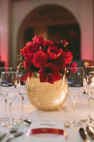 Trang trí hoa cưới để bàn