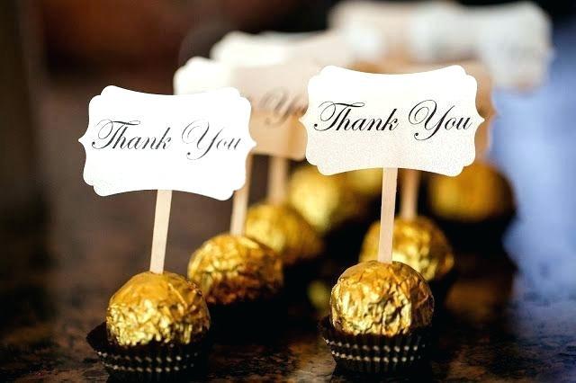Quà cảm ơn là những viên chocolate