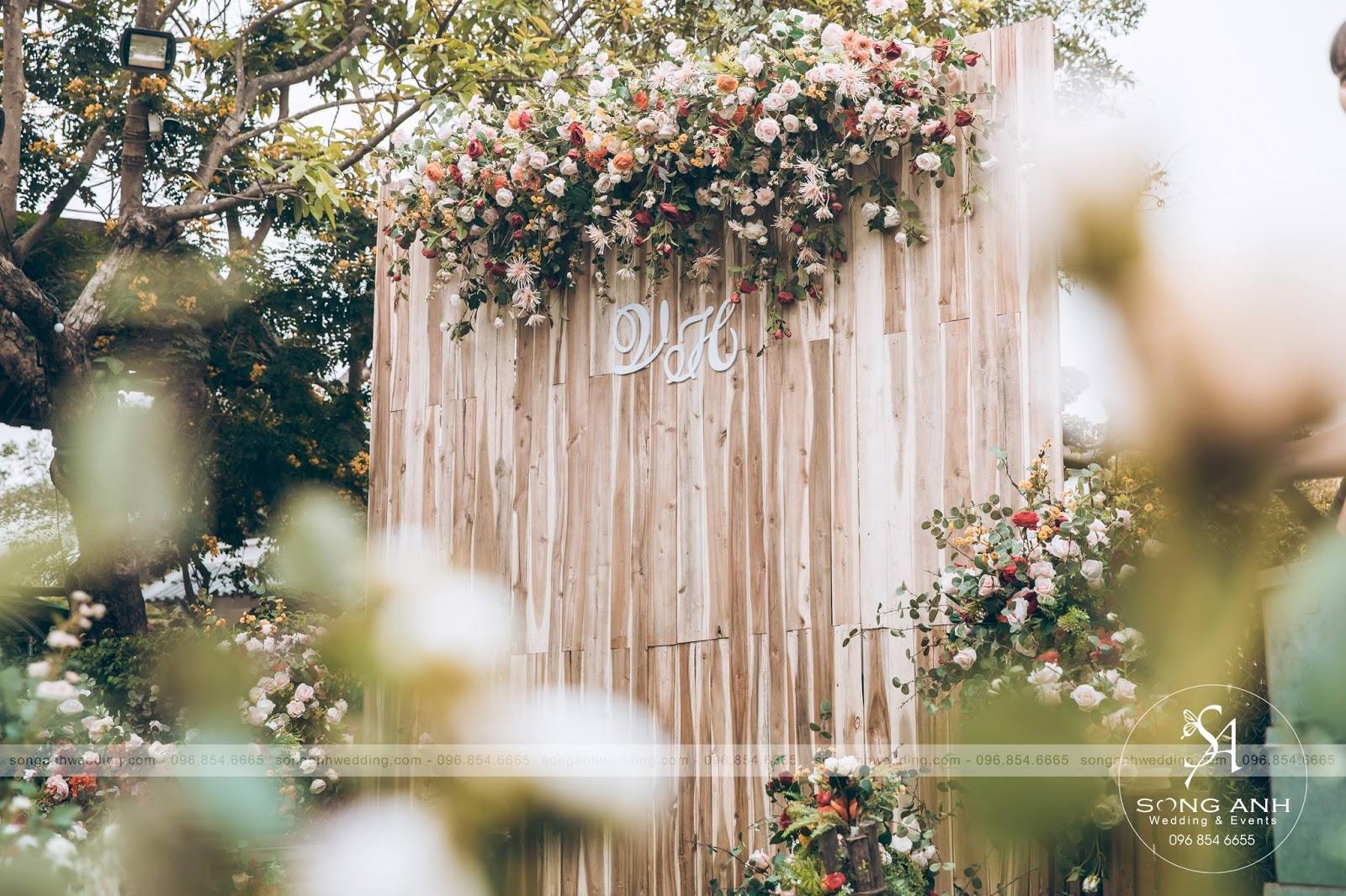 Phong cách Rustic với chủ đề hoa lá màu xuân